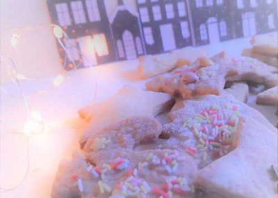 Recette de biscuits de Noël aux épices. Réalisation Les Étoiles Filantes